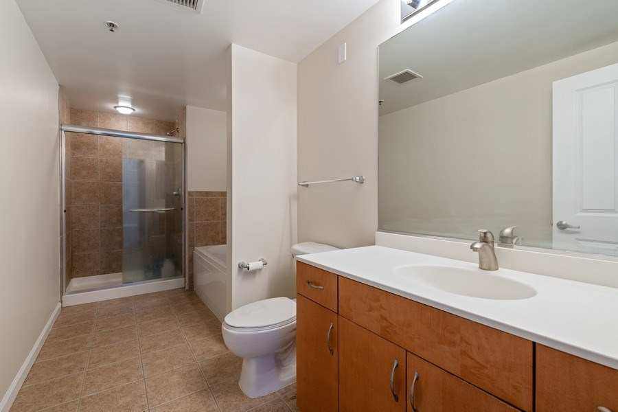 Real Estate Photography - 4848 N Sheridan, Unit 209, Chicago, IL, 60640 - Master Bathroom