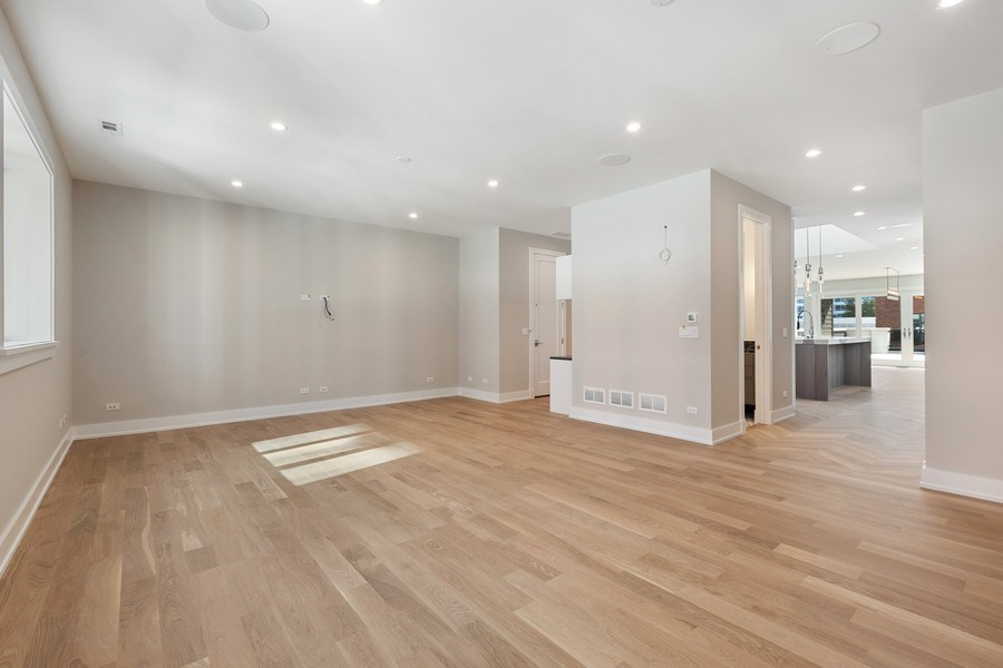Real Estate Photography - 220 S Green St, 4S, Chicago, IL, 60607 - Living Room