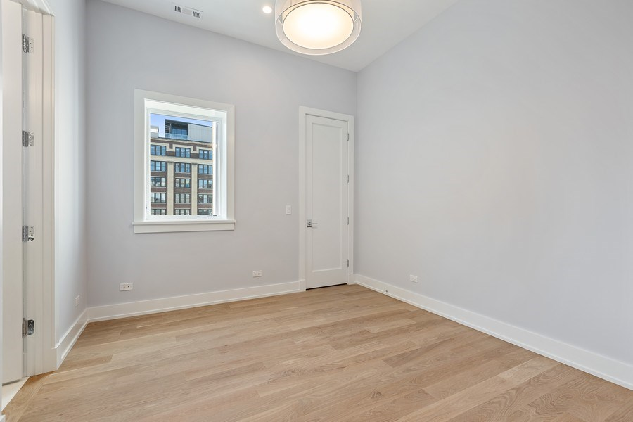 Real Estate Photography - 220 S Green St, 4S, Chicago, IL, 60607 - 2nd Bedroom