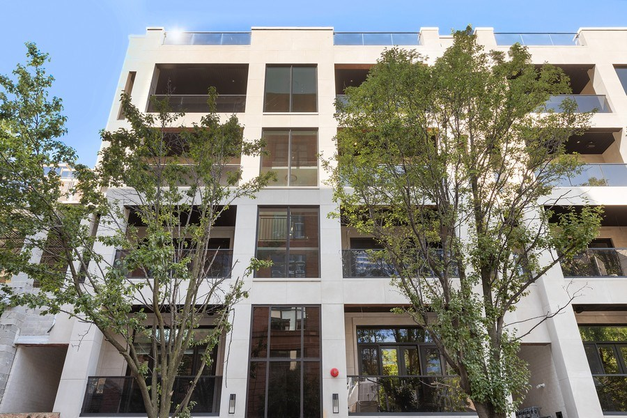 Real Estate Photography - 220 S Green St, 4S, Chicago, IL, 60607 - Front View