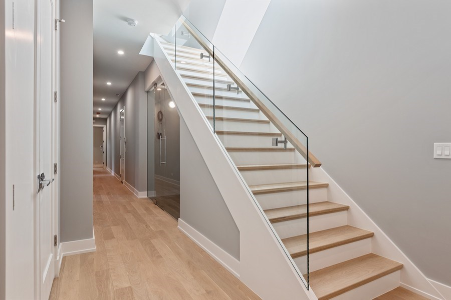 Real Estate Photography - 220 S Green St, 4S, Chicago, IL, 60607 - Staircase