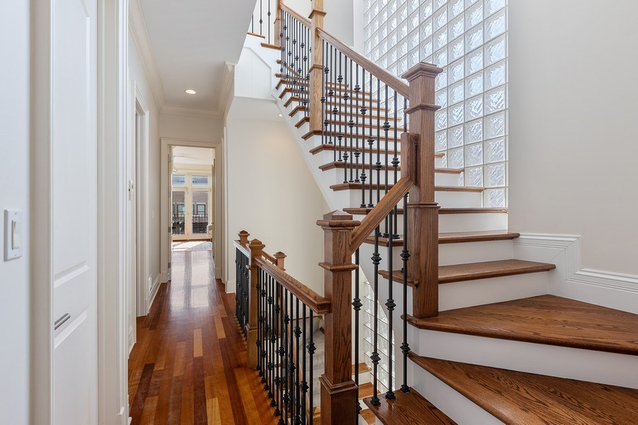 Real Estate Photography - 1321 N Bell, Chicago, IL, 60622 - Hallway