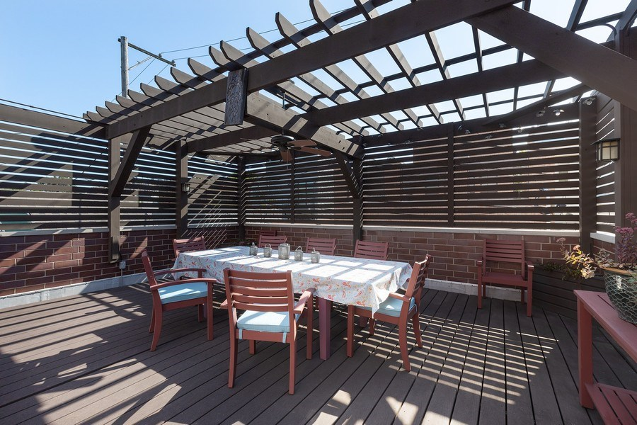 Real Estate Photography - 1321 N Bell, Chicago, IL, 60622 - Deck