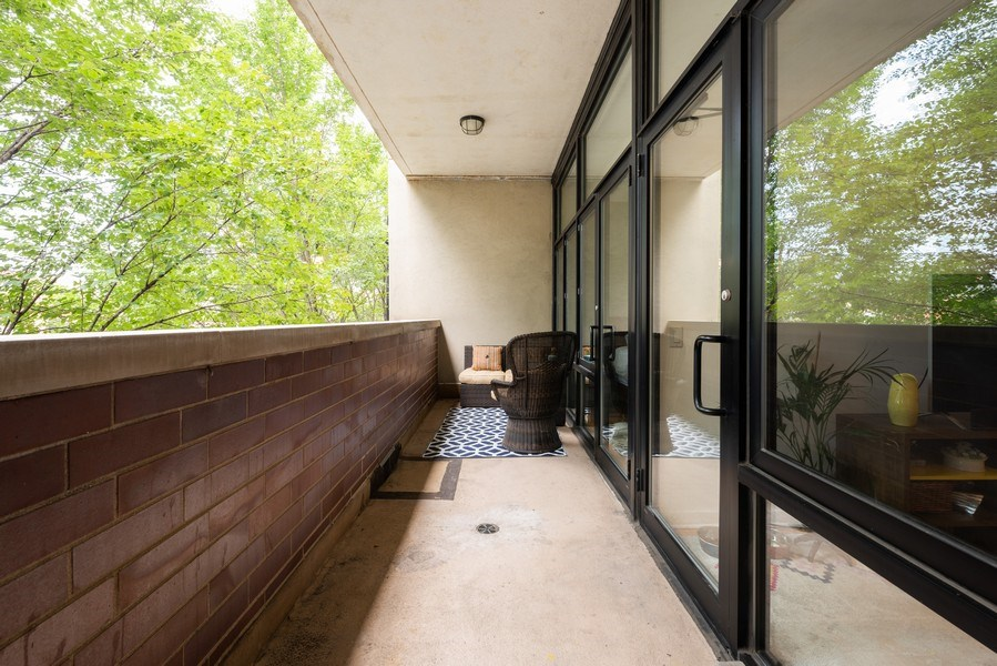 Real Estate Photography - 3946 N Ravenswood, #304, Chicago, IL, 60613 - Balcony