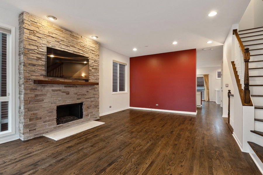 Real Estate Photography - 1768 W Thorndale, Chicago, IL, 60660 -