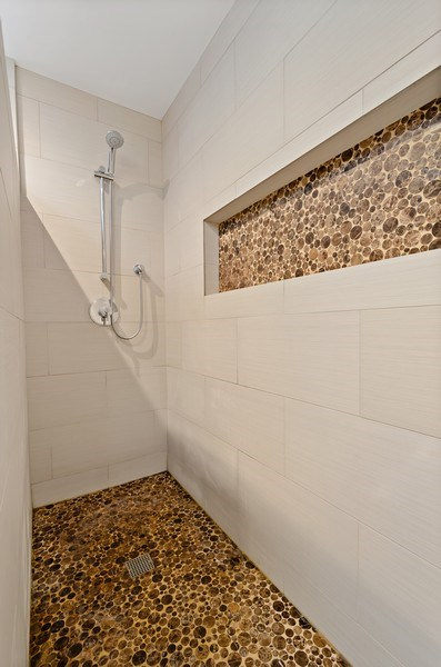Real Estate Photography - 1768 W Thorndale, Chicago, IL, 60660 - Bathroom
