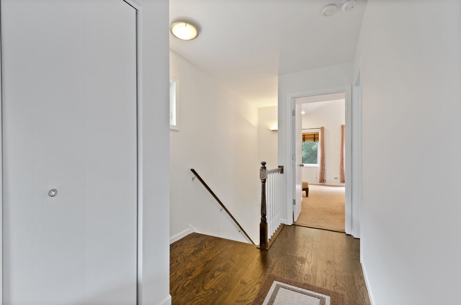 Real Estate Photography - 1768 W Thorndale, Chicago, IL, 60660 - Hallway