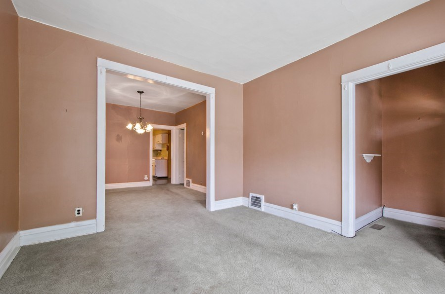 Real Estate Photography - 4922 N Bell, Chicago, IL, 60625 - Living Room/Dining Room