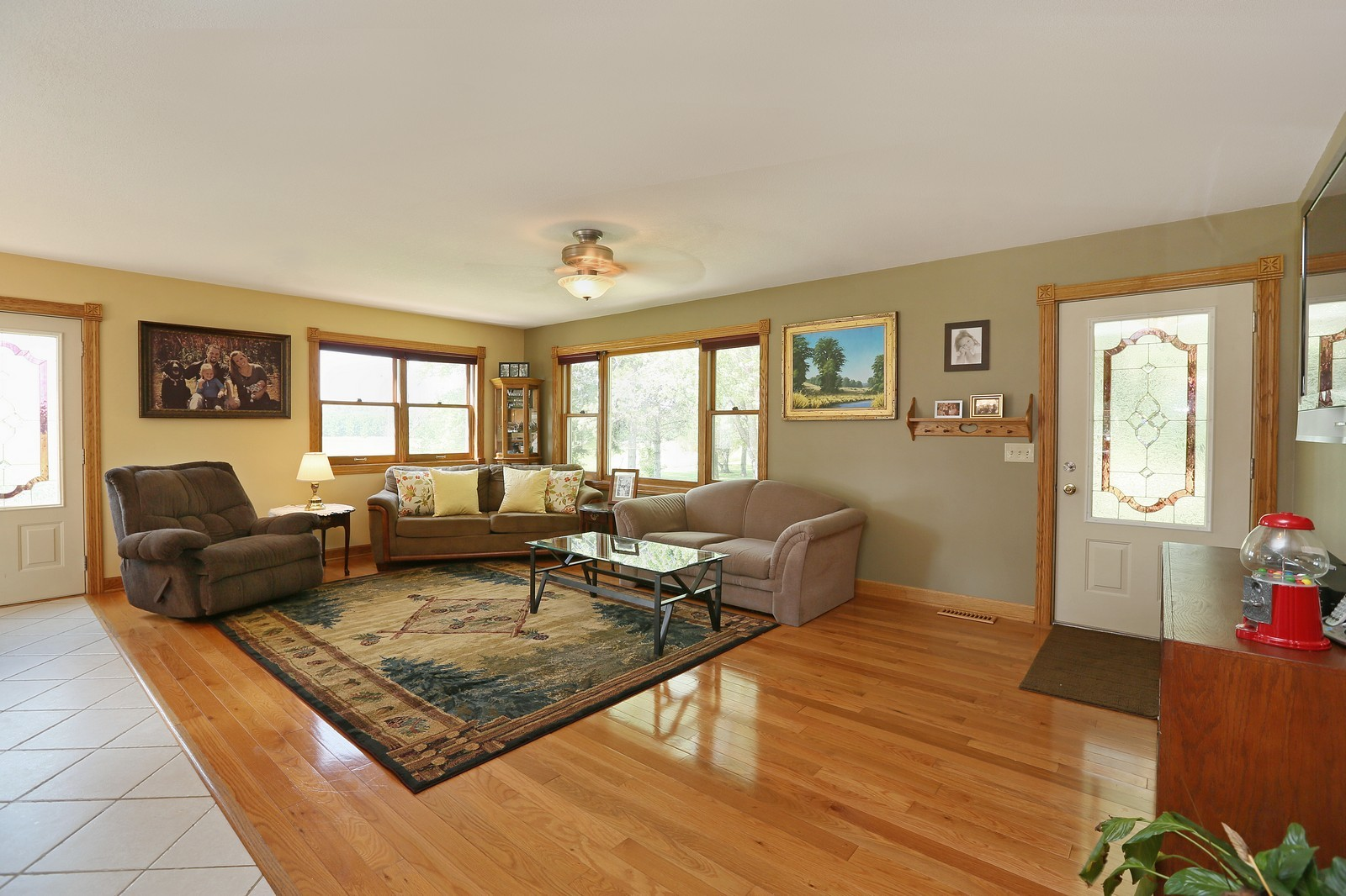 Real Estate Photography - 25917 Xylite St NE, Isanti, MN, 55040 - Living Room