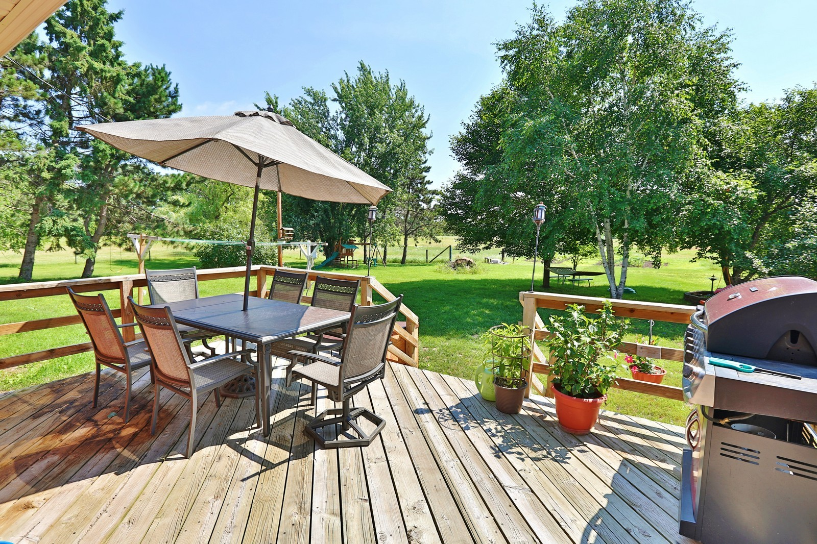 Real Estate Photography - 25917 Xylite St NE, Isanti, MN, 55040 - Deck