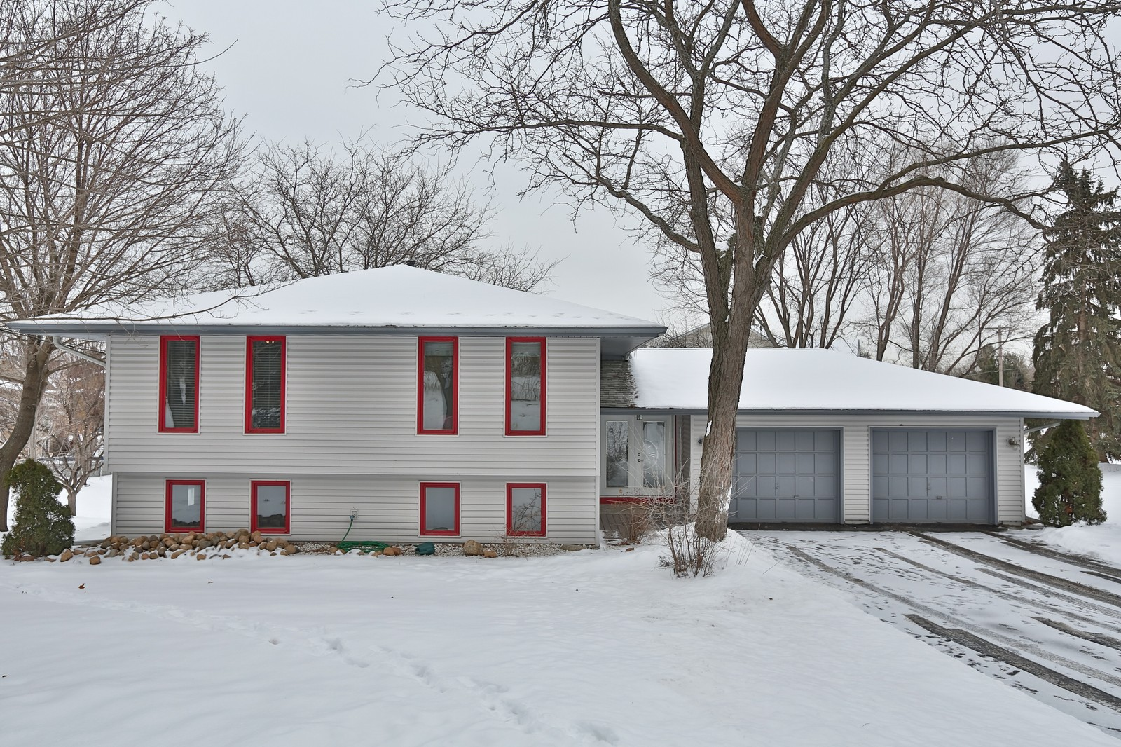 Real Estate Photography - 3250 Williams Lane, Minnetrista, MN, 55364 - Front View