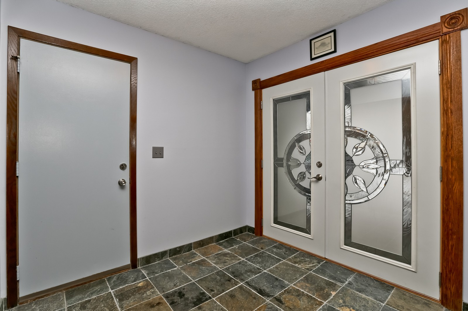 Real Estate Photography - 3250 Williams Lane, Minnetrista, MN, 55364 - Entryway