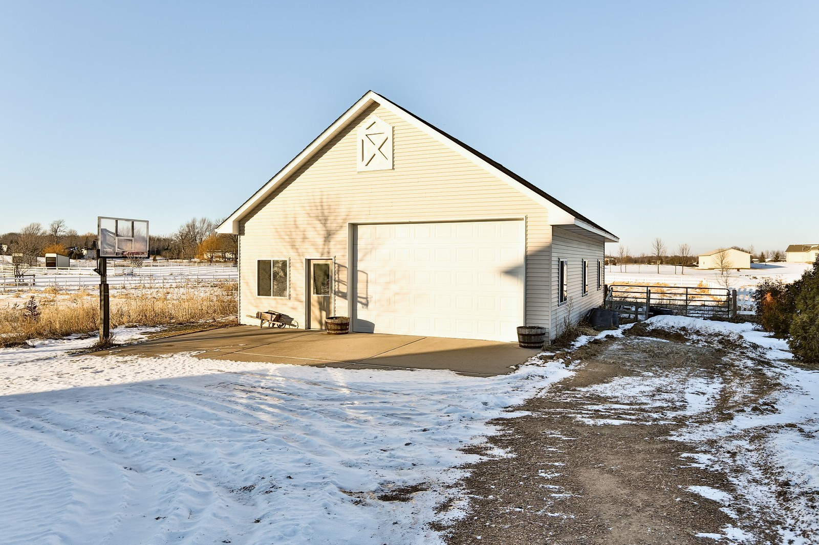 Real Estate Photography - 23160 Meadowview Dr, Corcoran, MN, 55374 - Garage