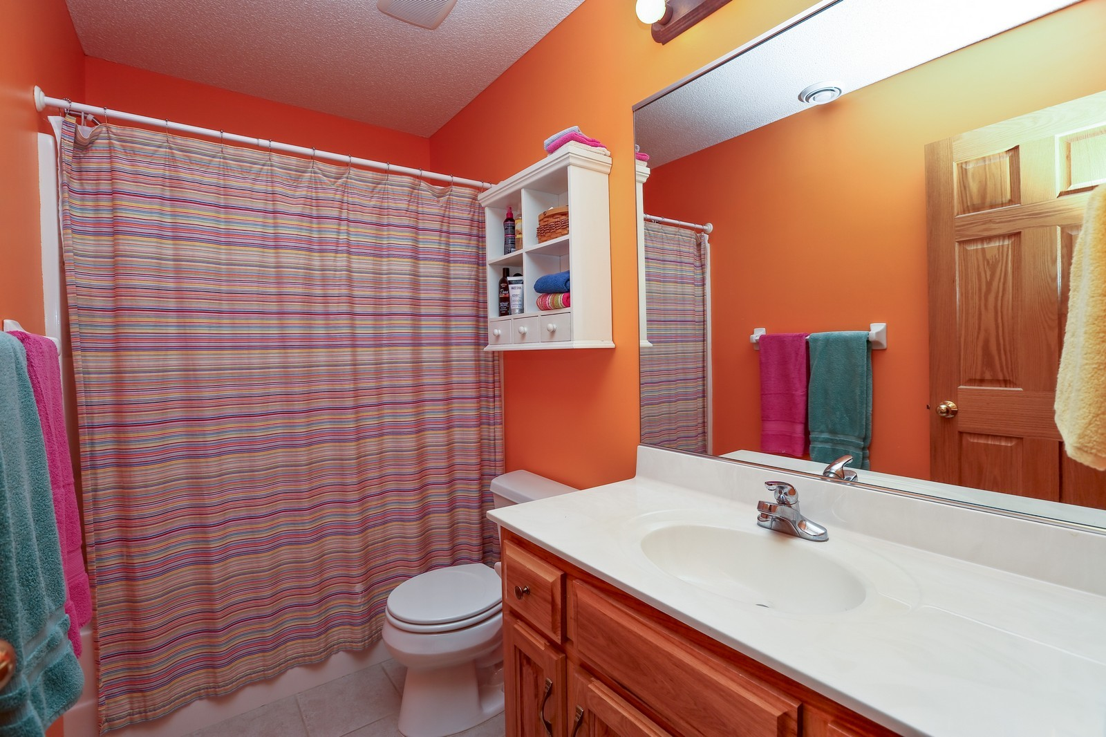 Real Estate Photography - 23160 Meadowview Dr, Corcoran, MN, 55374 - 2nd Bathroom
