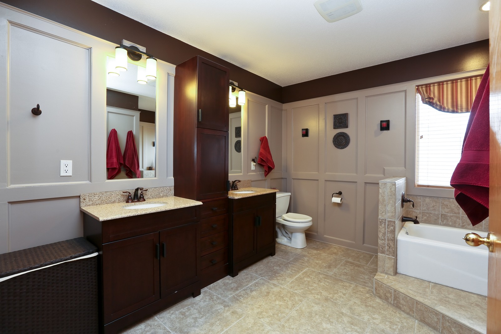 Real Estate Photography - 15488 Linnet Street NW, Andover, MN, 55304 - Upper Level Bathroom