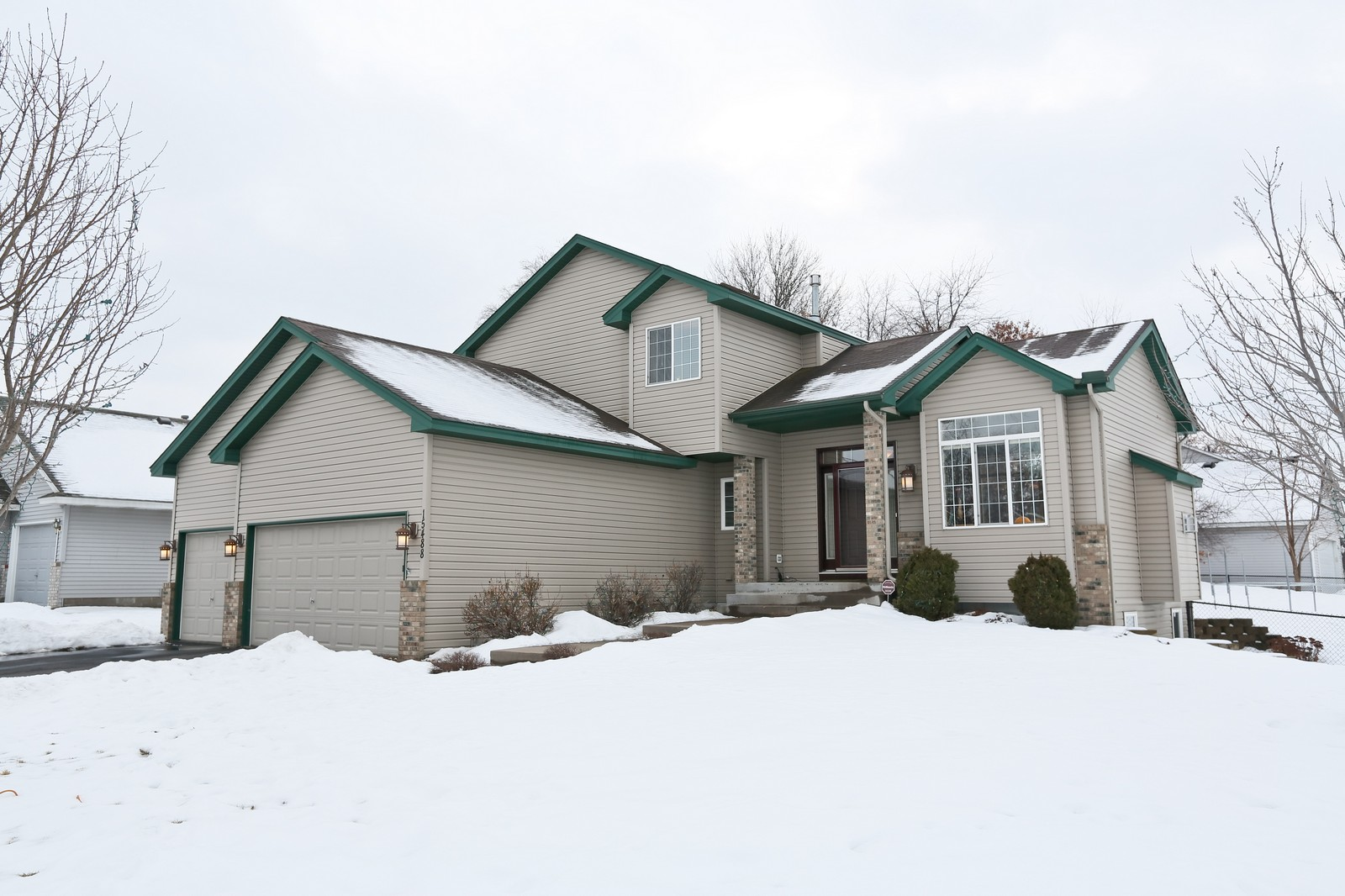 Real Estate Photography - 15488 Linnet Street NW, Andover, MN, 55304 - Front View