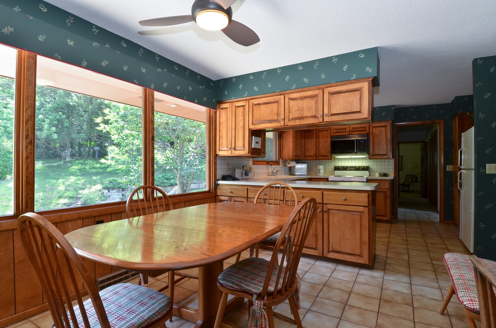 Real Estate Photography - N8885 1250th Street, River Falls, WI, 54022 - Dining Area