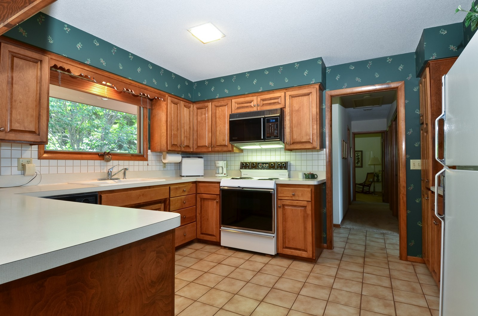 Real Estate Photography - N8885 1250th Street, River Falls, WI, 54022 - Kitchen