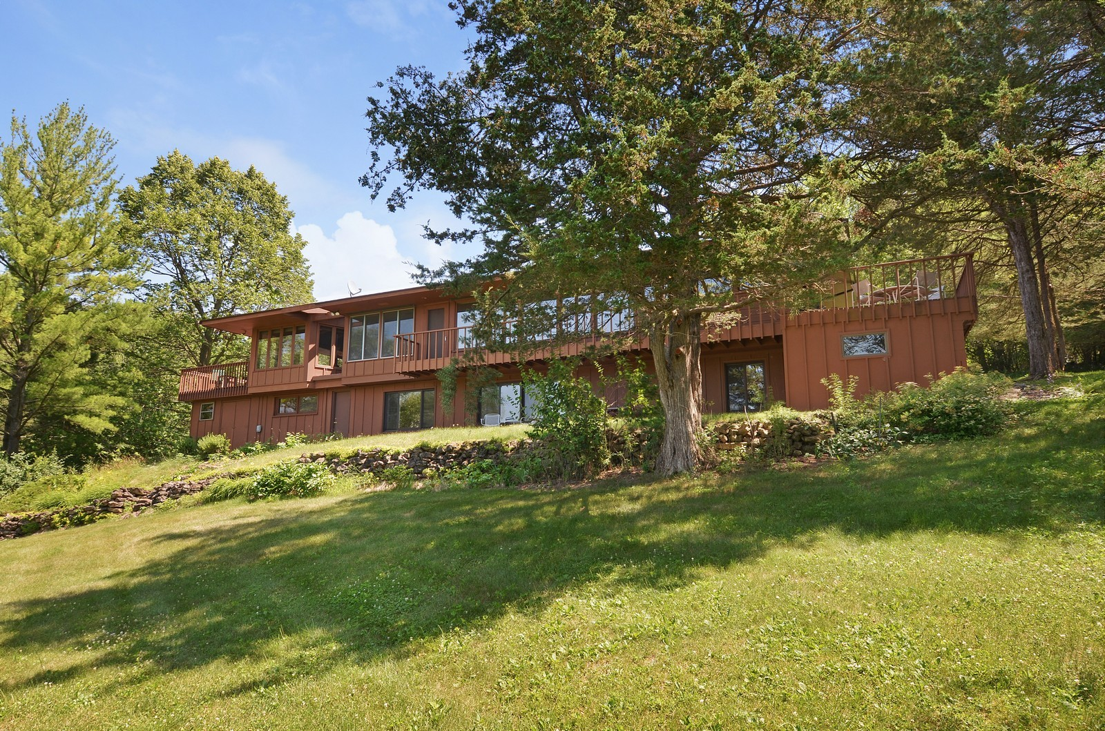 Real Estate Photography - N8885 1250th Street, River Falls, WI, 54022 - Rear View