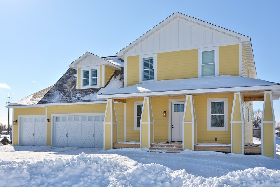 Real Estate Photography - 597 Grange Road, Hudson, WI, 54016 - Front View