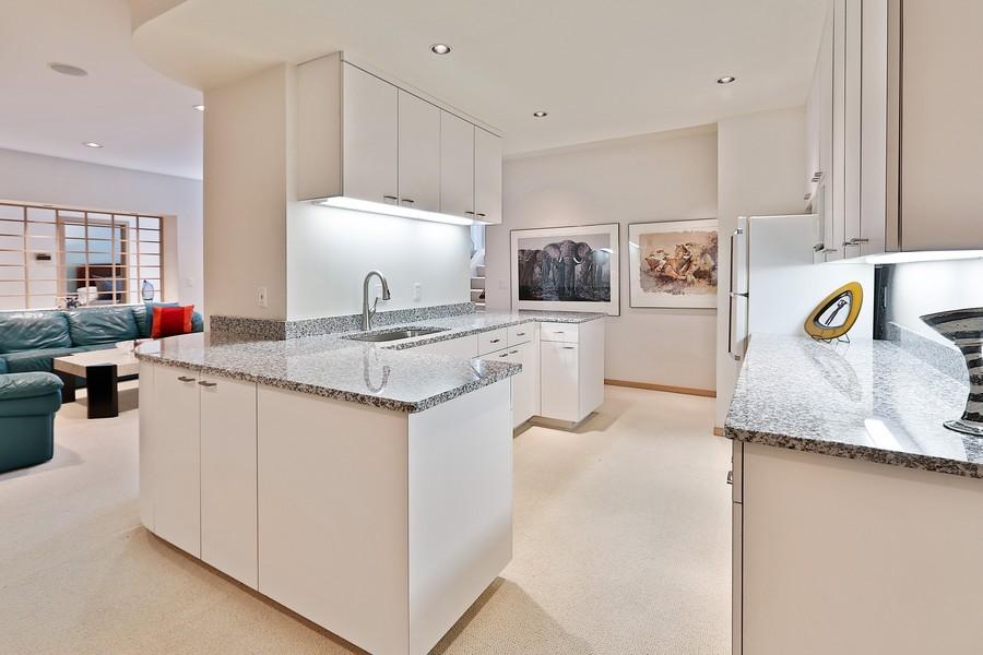Real Estate Photography - 3560 Fairway Court, Minnetonka, MN, 55305 - Kitchenette