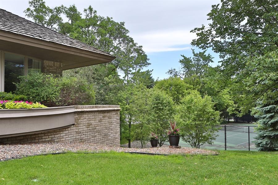 Real Estate Photography - 3560 Fairway Court, Minnetonka, MN, 55305 - Side Yard