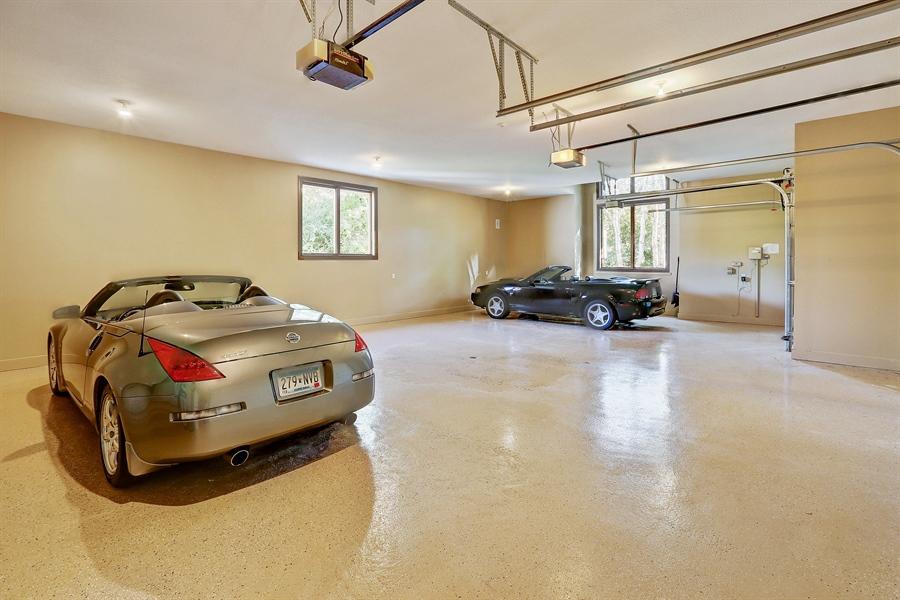 Real Estate Photography - 9720 Towering Oaks, Prior Lake, MN, 55372 - Garage