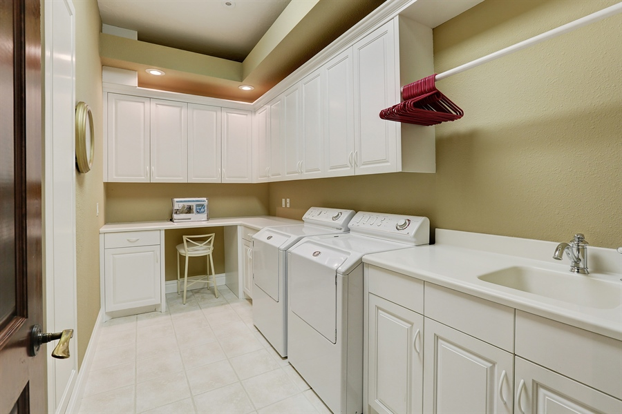 Real Estate Photography - 9720 Towering Oaks, Prior Lake, MN, 55372 - Laundry Room