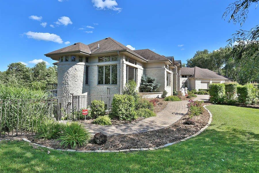 Real Estate Photography - 9720 Towering Oaks, Prior Lake, MN, 55372 - Front View
