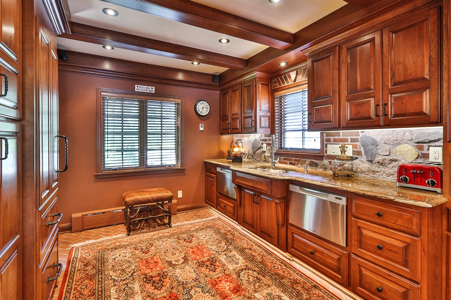 Real Estate Photography - 5709 Clinton Ave S, Minneapolis, MN, 55419 - Kitchen Clinton Detail