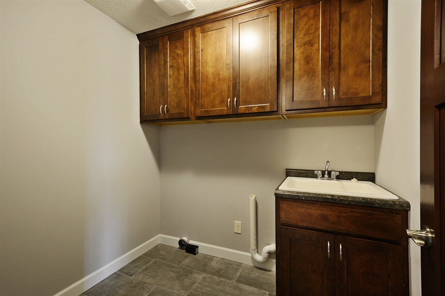 Real Estate Photography - 12151 Sunnybrook Rd, Eden Prairie, MN, 55347 - Laundry Room