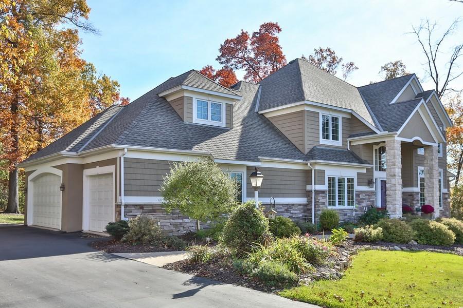 Real Estate Photography - 18234 Jacquard Path, Lakeville, MN, 55044 - Garage