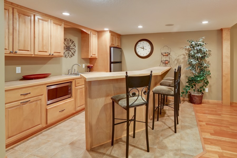 Real Estate Photography - 18234 Jacquard Path, Lakeville, MN, 55044 - Bar