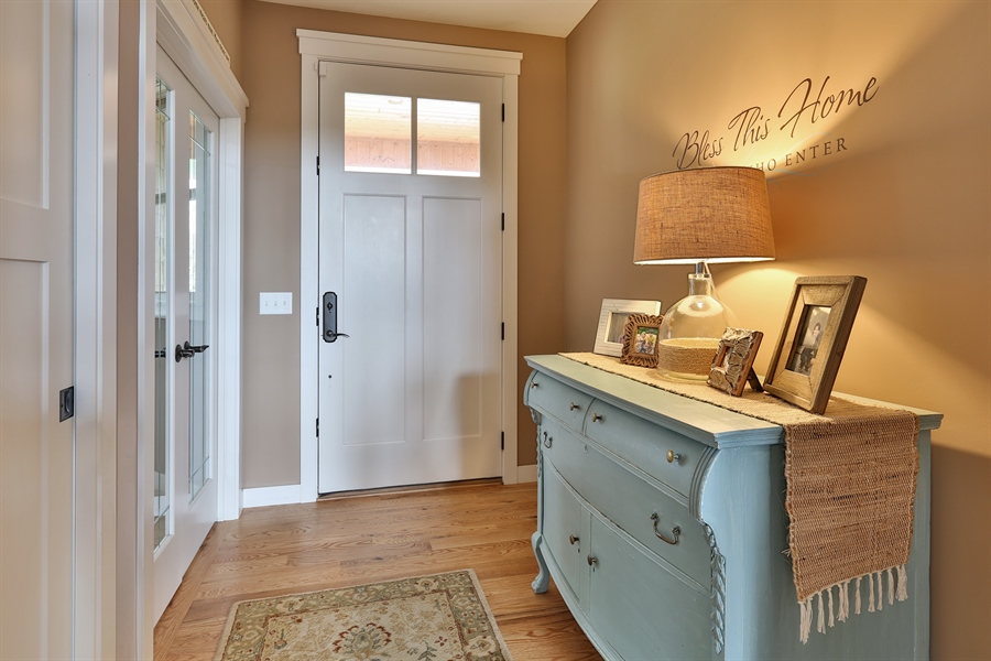 Real Estate Photography - 369A Milwaukee Rd, Hudson, WI, 54016 - Entryway