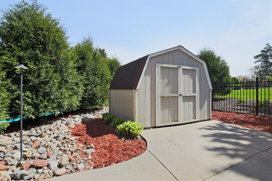... Real Estate Photography   1921 Hilltop Lane, Hastings, MN, 55033   Storage  Shed ...
