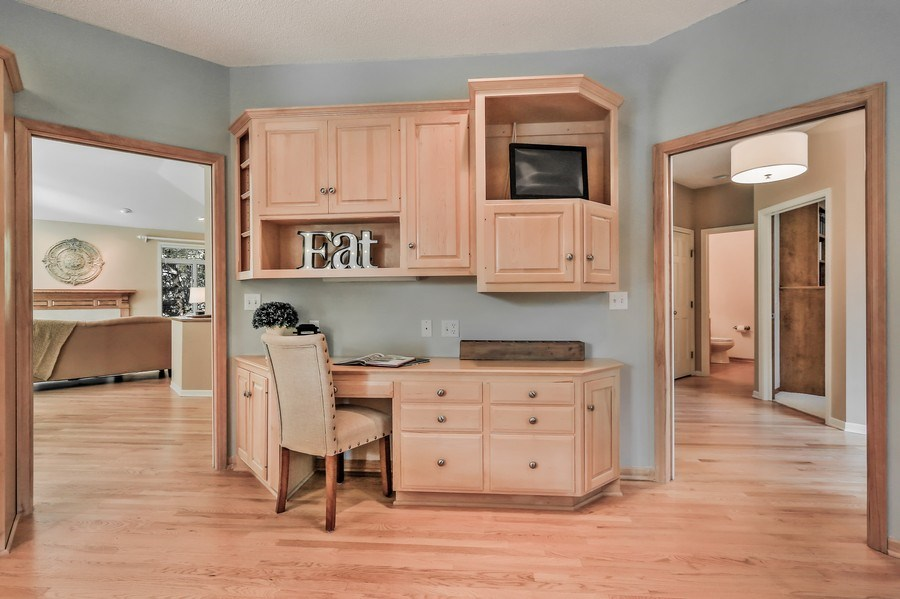 Real Estate Photography - 5040 Malibu Drive, Edina, MN, 55436 - Location 1