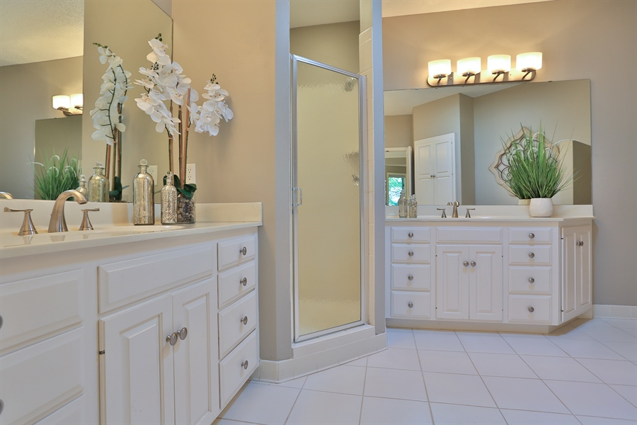 Real Estate Photography - 5040 Malibu Drive, Edina, MN, 55436 - Master Bathroom