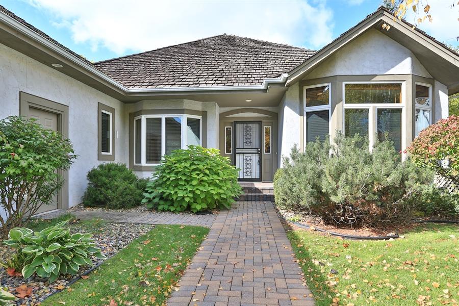 Real Estate Photography - 5040 Malibu Drive, Edina, MN, 55436 - Entrance
