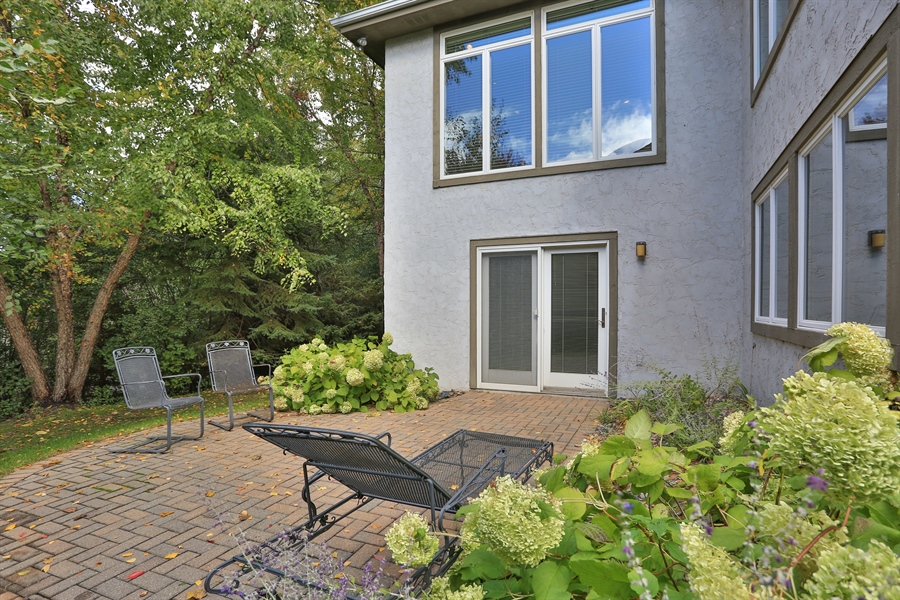 Real Estate Photography - 5040 Malibu Drive, Edina, MN, 55436 - Patio