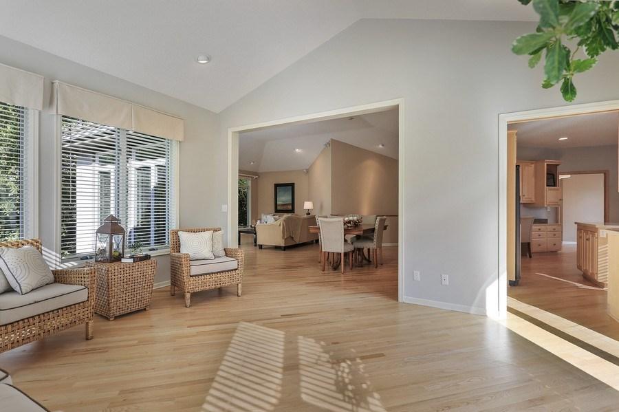 Real Estate Photography - 5040 Malibu Drive, Edina, MN, 55436 - Sun Room