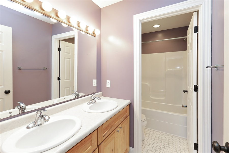 Real Estate Photography - 5569 Cannondale Ct, Red Wing, MN, 55066 - Bathroom