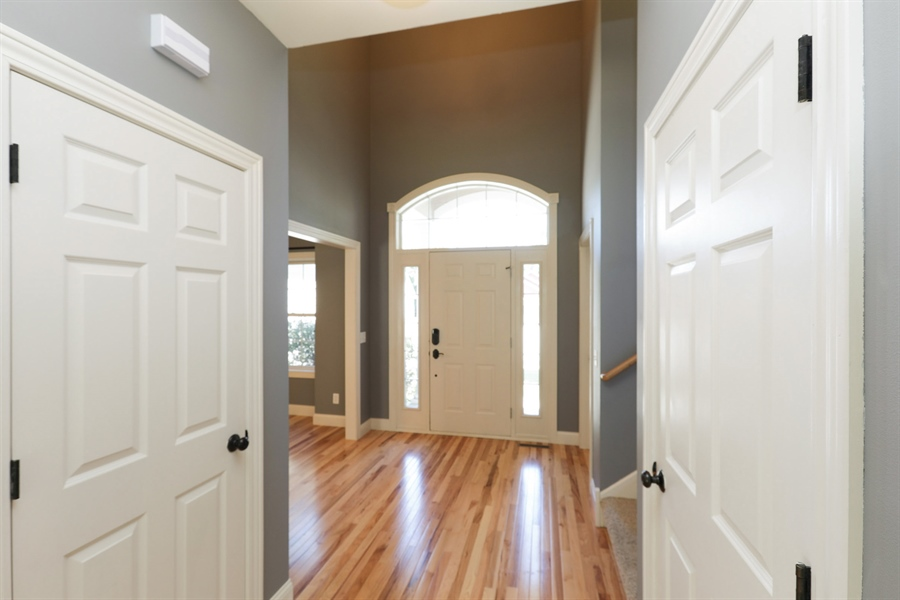 Real Estate Photography - 5569 Cannondale Ct, Red Wing, MN, 55066 - Entryway
