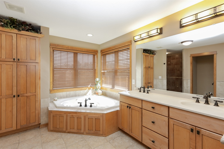 Real Estate Photography - 14247 209th St. N., Scandia, MN, 55073 - Master Bathroom