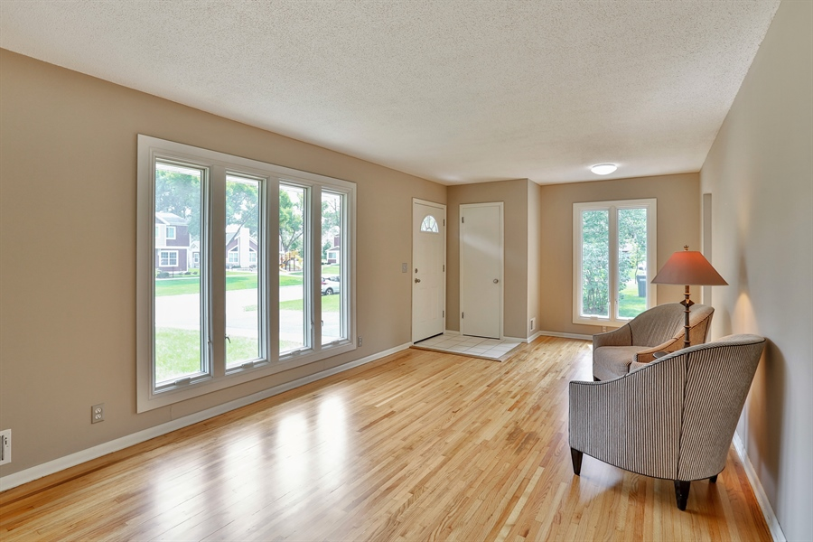 Real Estate Photography - 6225 France Ave N, Brooklyn Center, MN, 55429 - Living Room