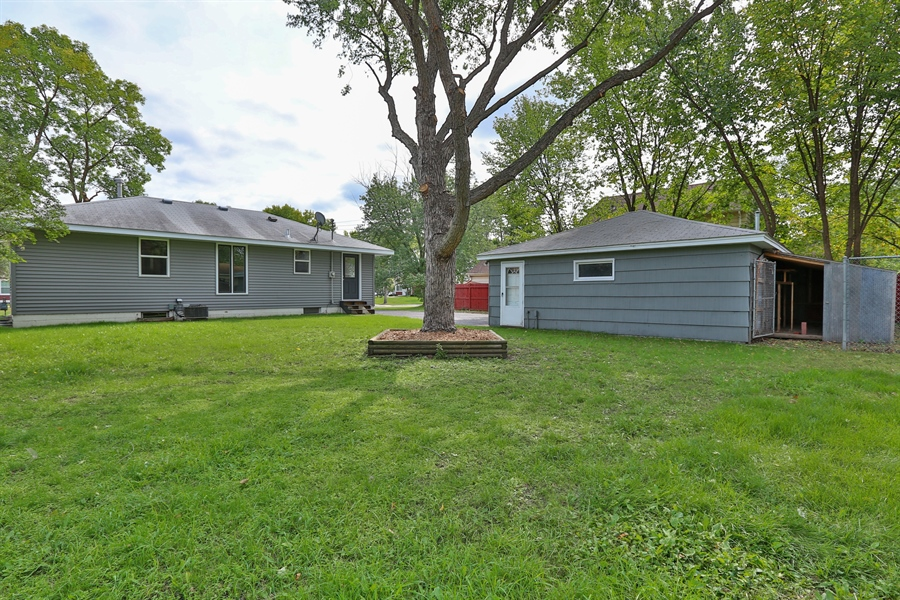 Real Estate Photography - 6225 France Ave N, Brooklyn Center, MN, 55429 - Back Yard