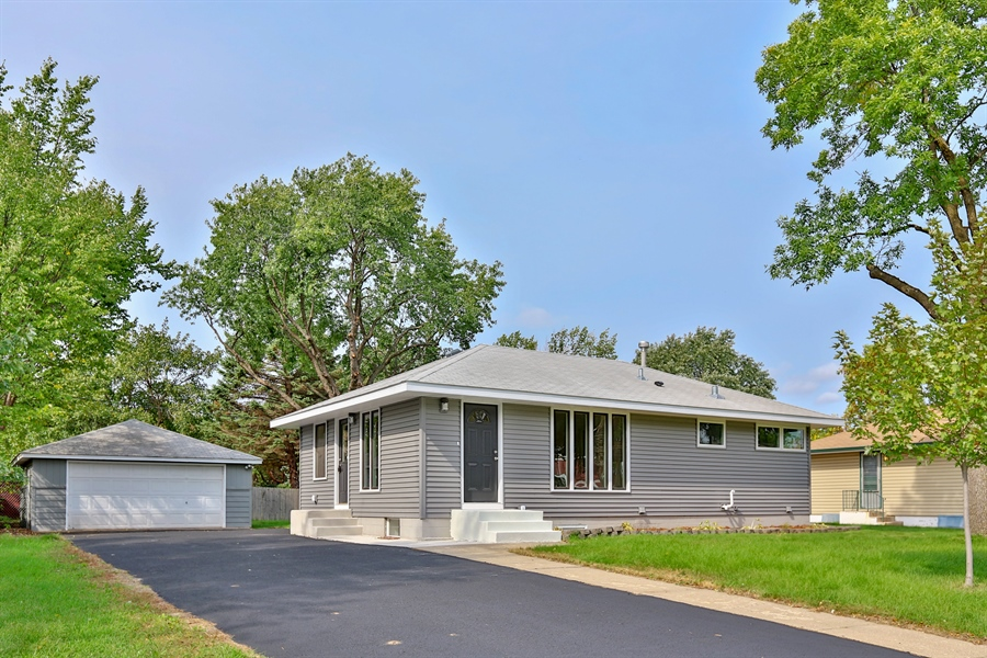 Real Estate Photography - 6225 France Ave N, Brooklyn Center, MN, 55429 - Front View