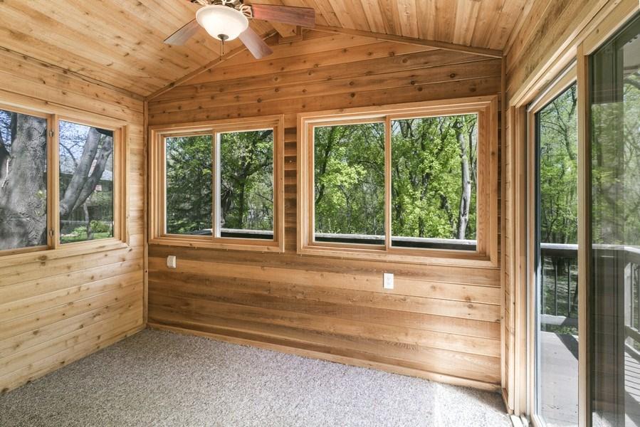 Real Estate Photography - 13421 Penn Ave S, Burnsville, MN, 55337 - Sun Room