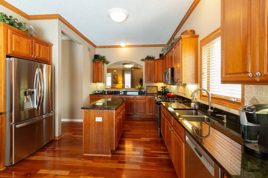 Real Estate Photography - 11860 Germaine Terrace, Eden Prairie, MN, 55347 - Kitchen