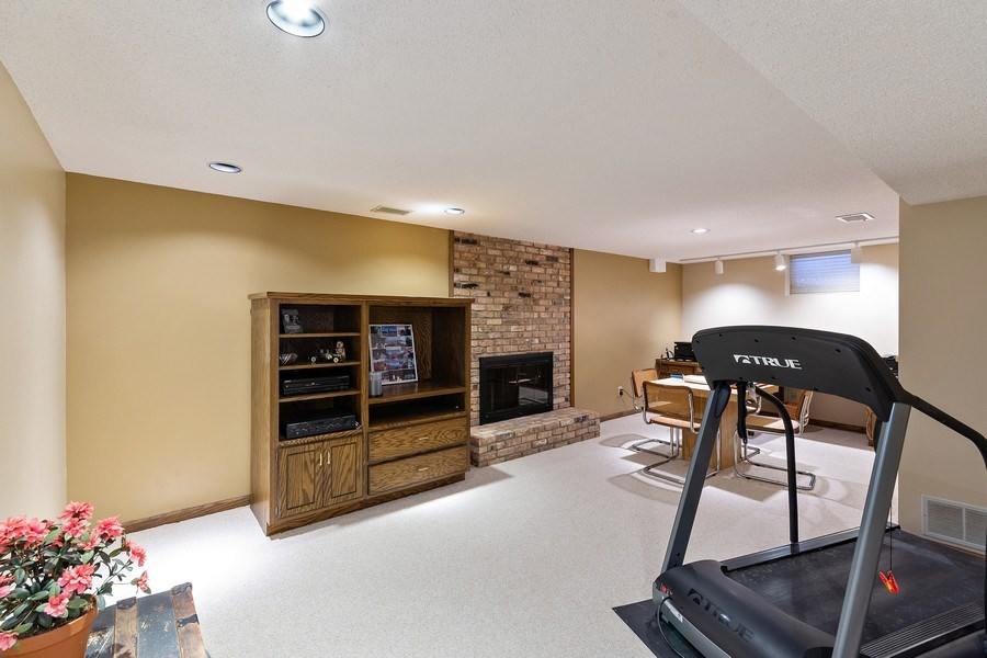 Real Estate Photography - 8137 Pennsylvania Circle, Bloomington, MN, 55438 - Lower Level