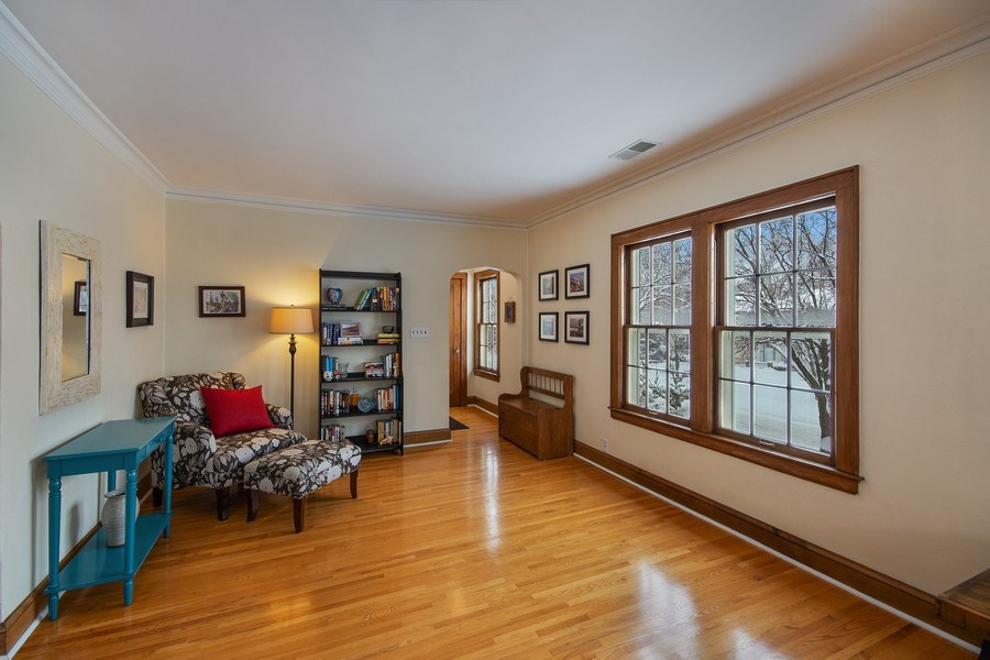 Real Estate Photography - 2166 Randolph Ave.Unit #2, ST. Paul, MN, 55105 - Living Room